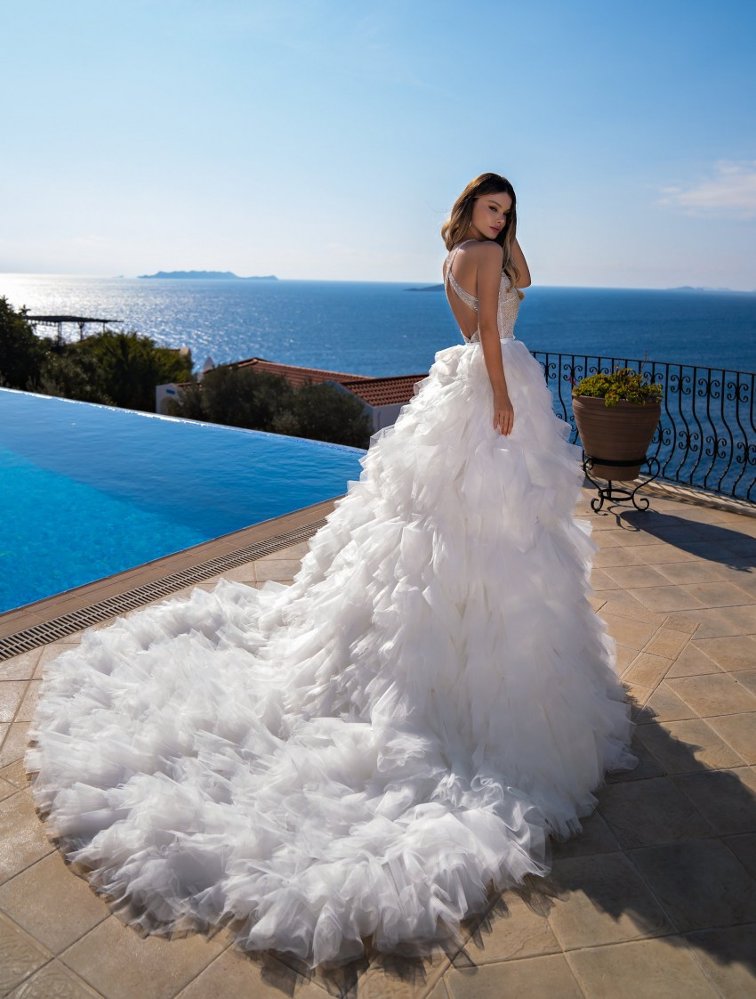 Mermaid silhouette wedding dress wholesale from Supernova-8