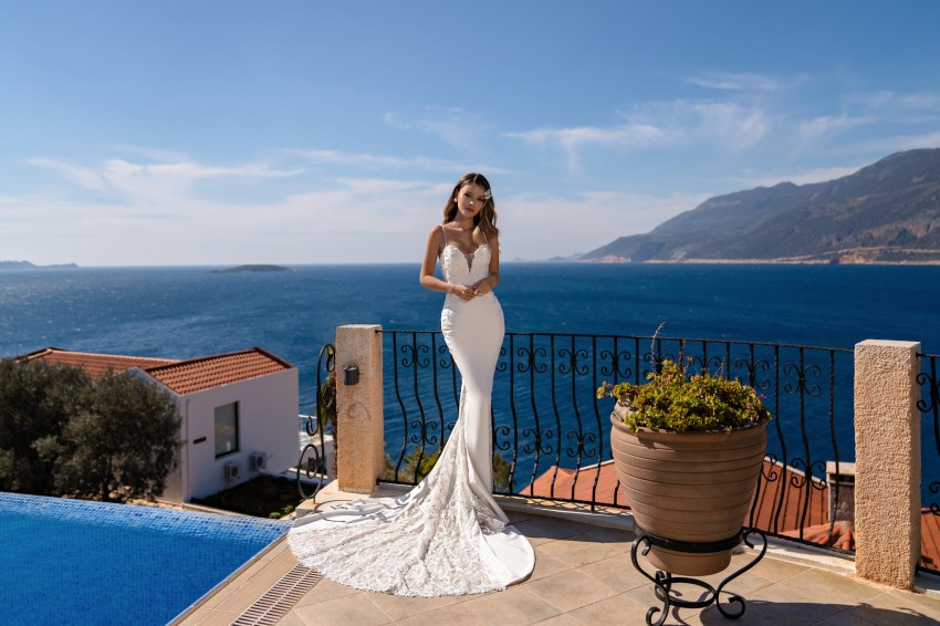 Wholesale strapless wedding dress from Supernova-6