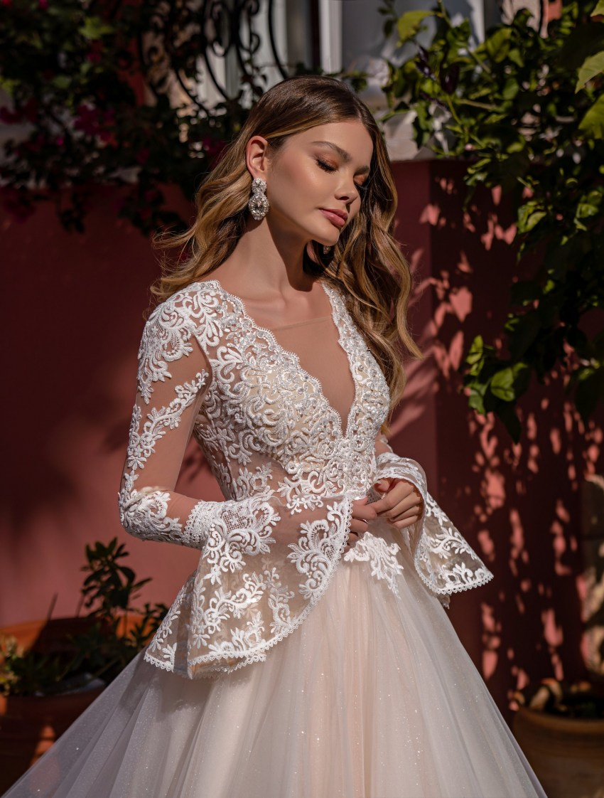 Wholesale wedding dress with long sleeves from Supernova-5