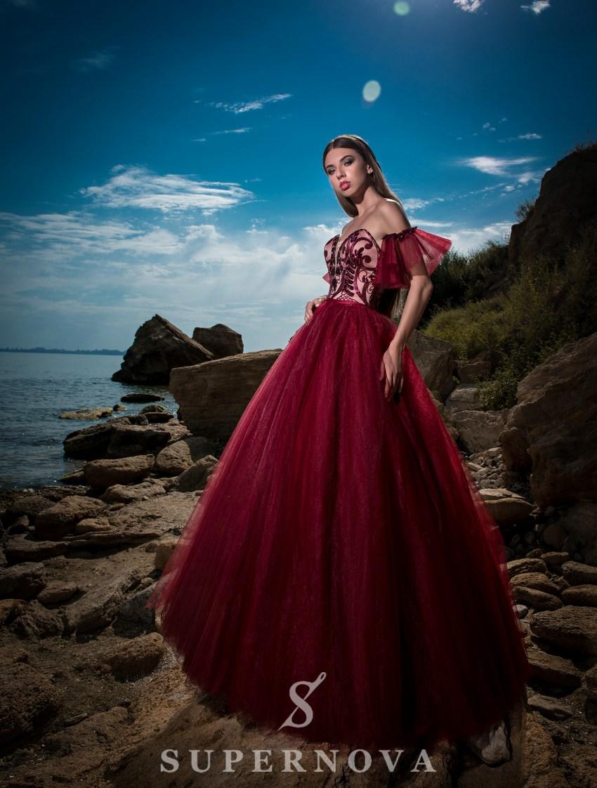 Rochie de seară cu fustă bufantă-3