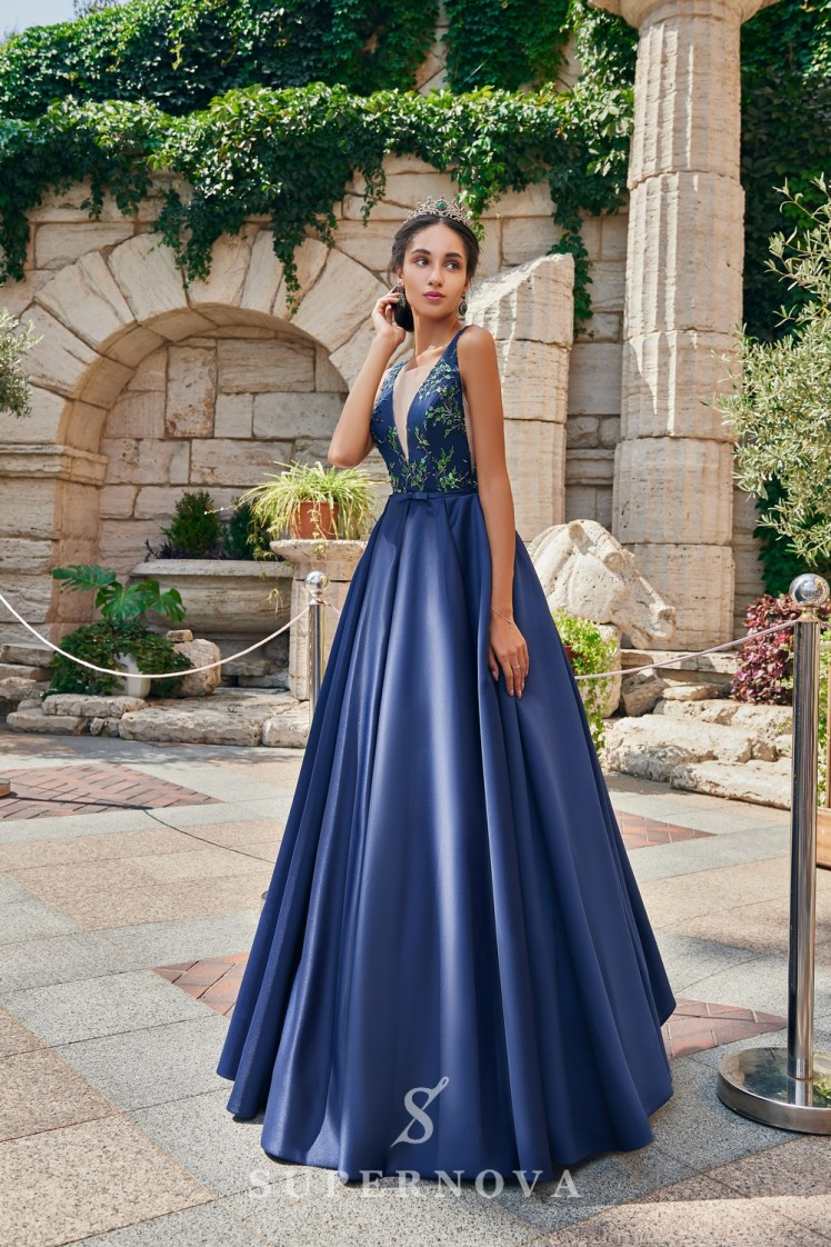 The satin evening dress on wholesale from the Super Nova. brand.-2