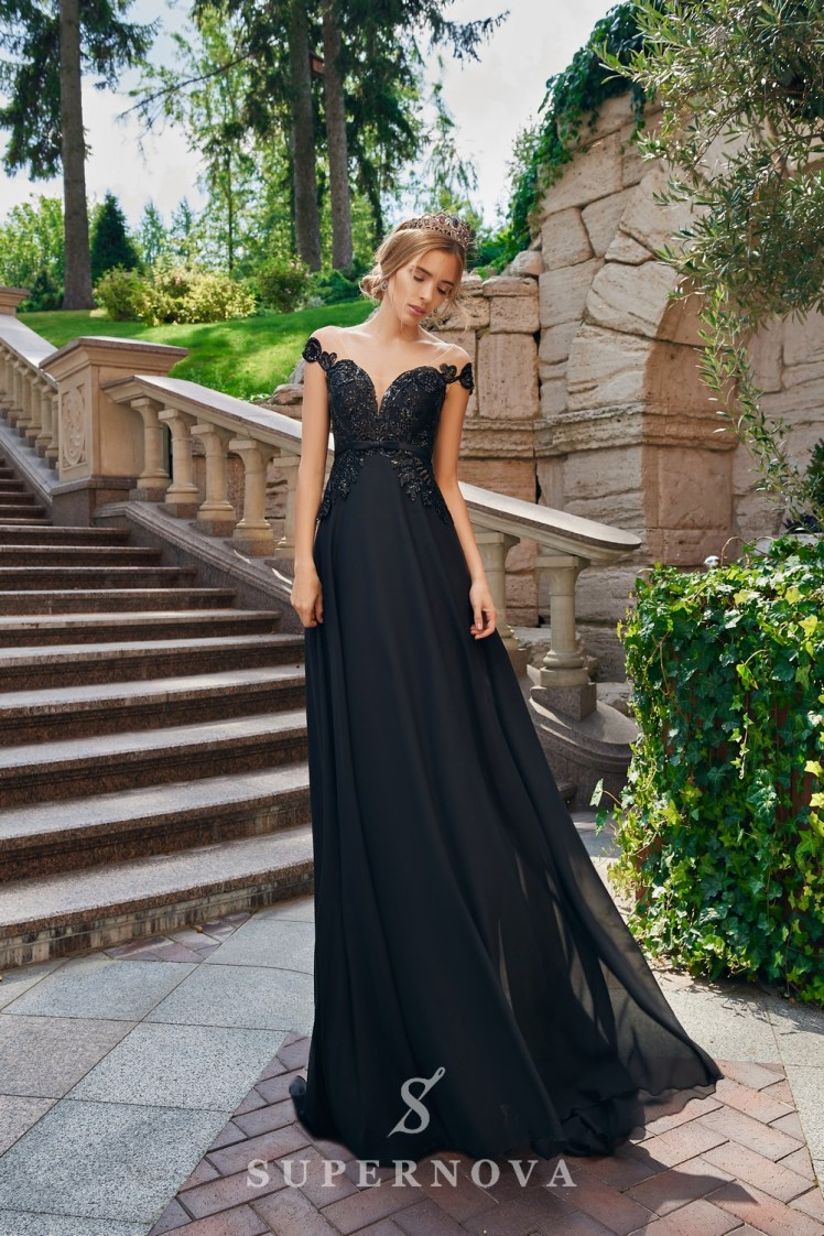 Вечернее платье с кружевным корсетом на кокетке от SuperNova.-3