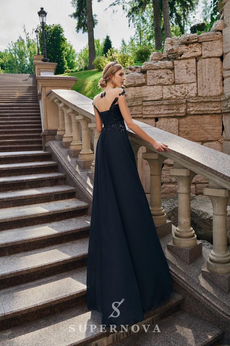 Вечернее платье с кружевным корсетом на кокетке от SuperNova.-4