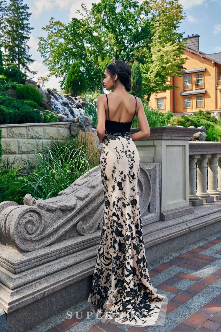 Оригинальное облегающее контрастное вечернее платье от SuperNova.-4