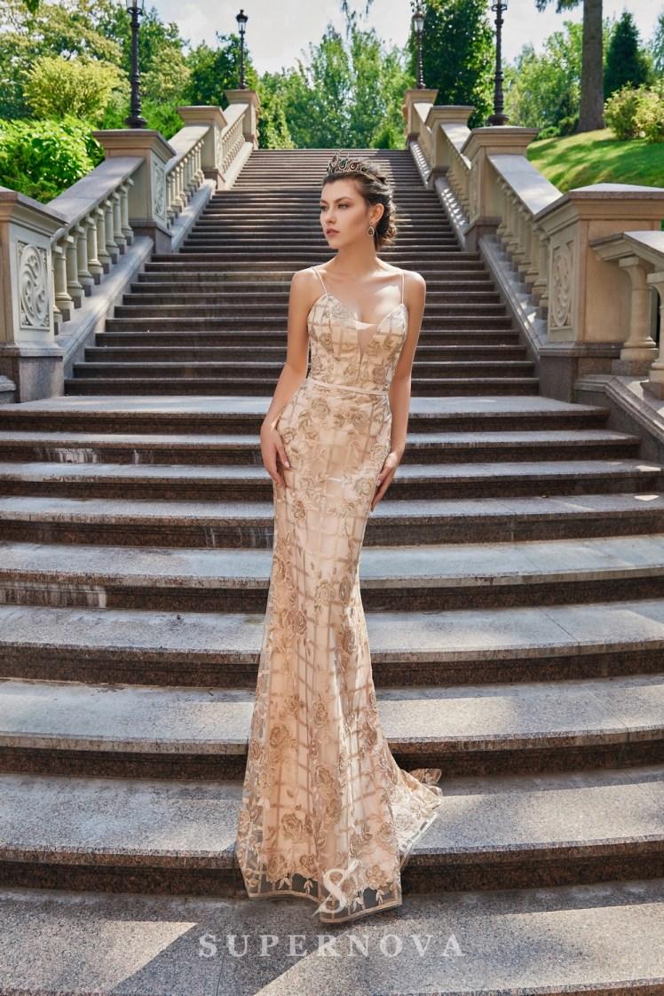 Приталена вечірня сукня з гіпюру, розшитого паєтками оптом від Super Nova.-3