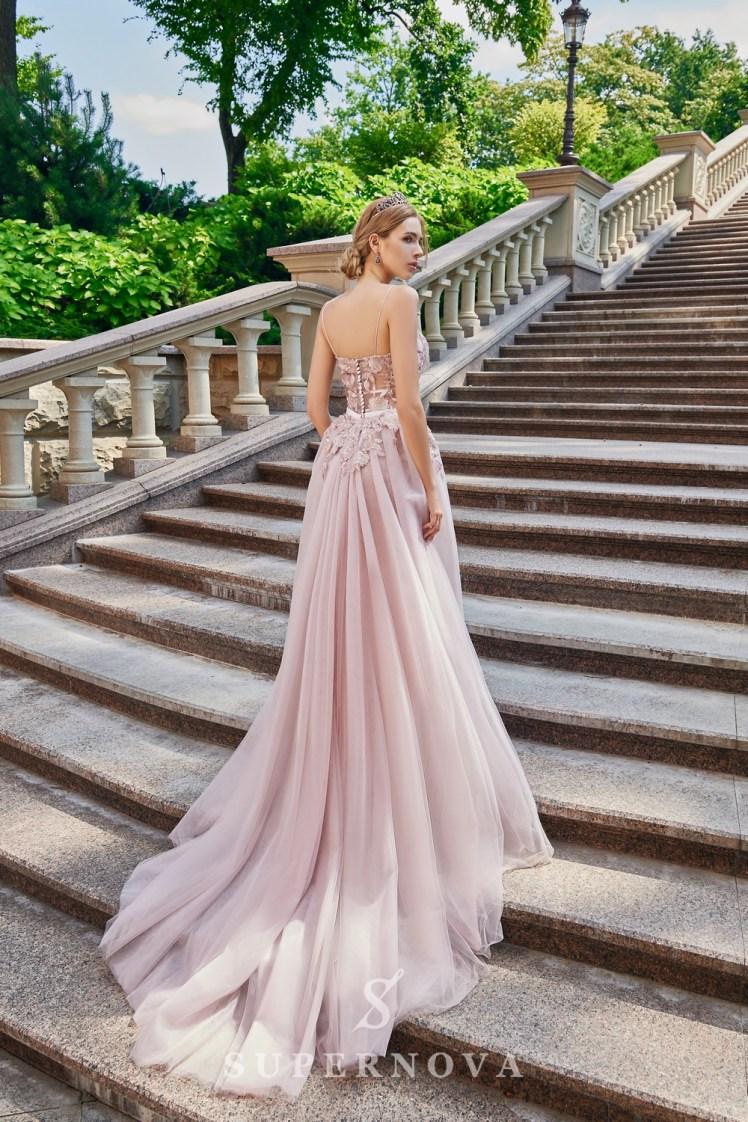 Приталена вечірня сукня з гіпюру, розшитого паєтками оптом від Super Nova.-4