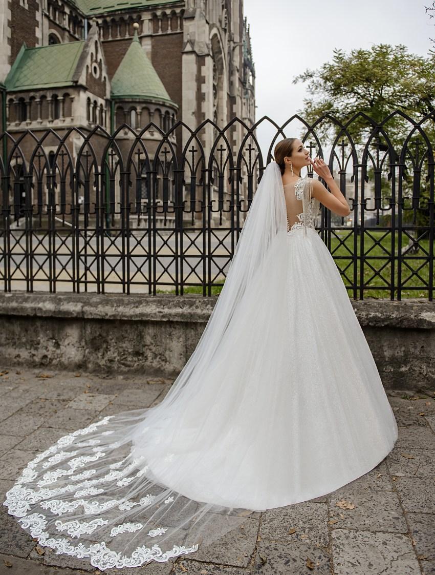 Long wedding veil on wholesale from the manufacturer Super Nova-3