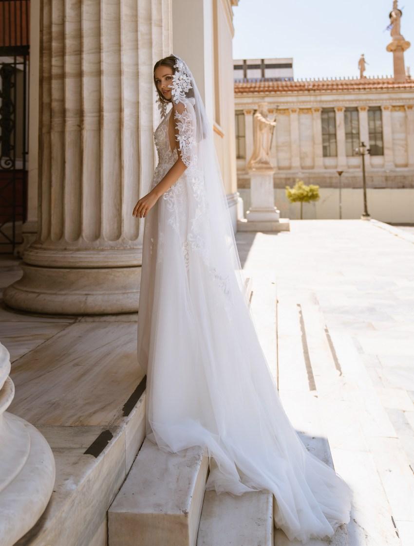 Bridal veil with 3-D guipure wholesale | TM Supernova-2