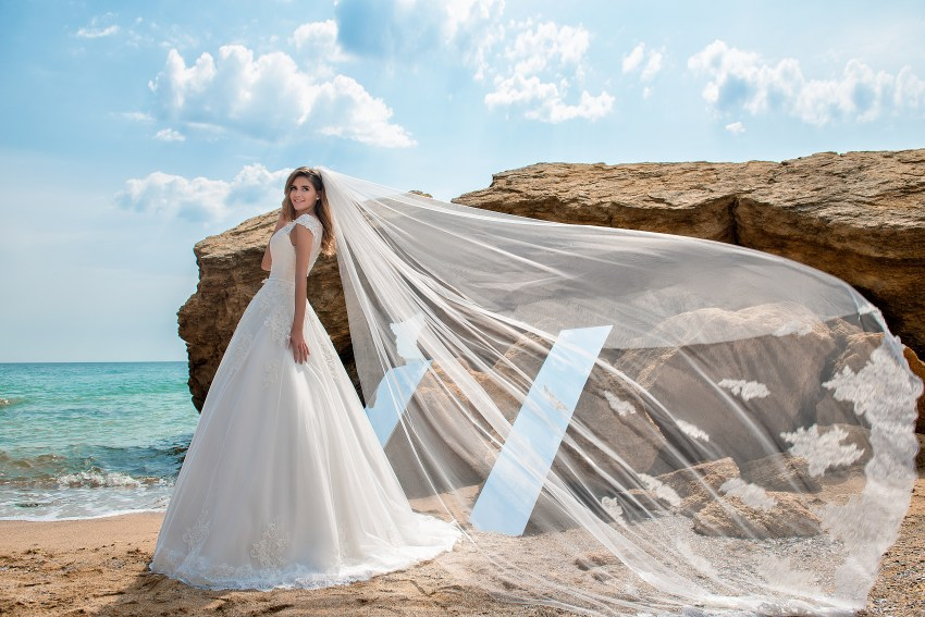 Wedding dress on a yoke with closed shoulders-6