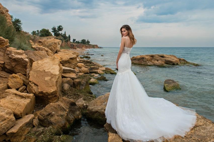 Свадебное платье «рыбка на бретелях-4