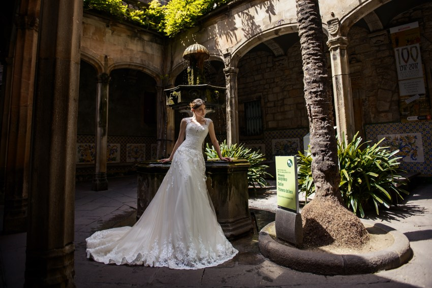 "Wedding dress "" A "" - line from SuperNova wholesale-4"