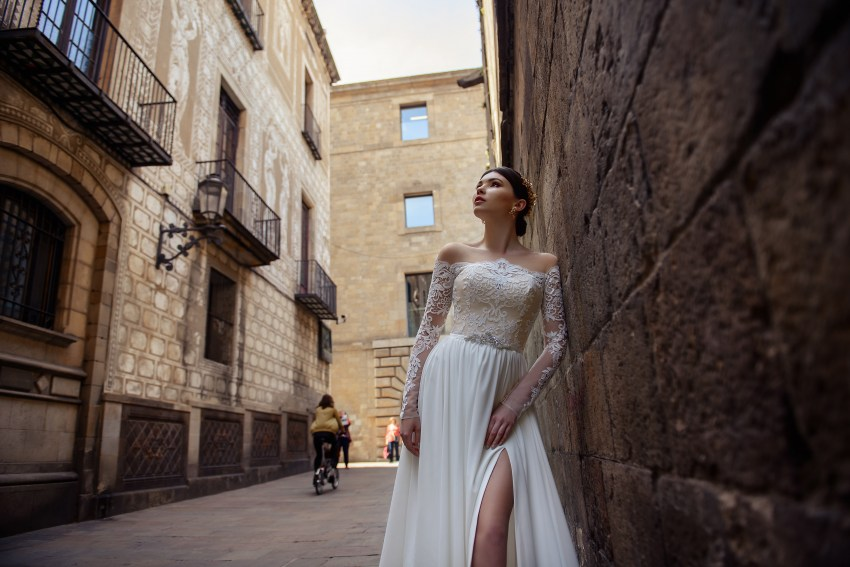 Wedding dress with slit and train from SuperNova wholesale-4