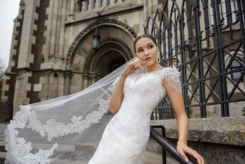 Wedding dress in godet style on a yoke on wholesale from SuperNova-5