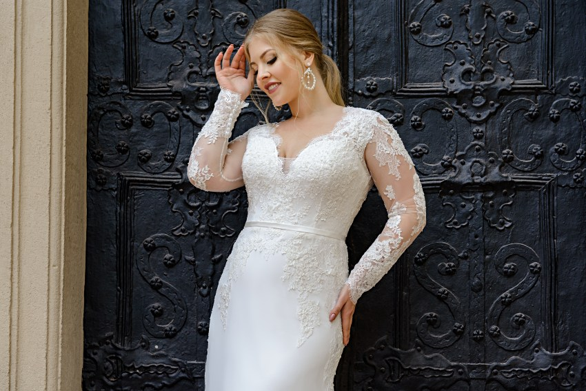 Plus size wedding dress with a soft skirt-train on wholesale from SuperNova-4