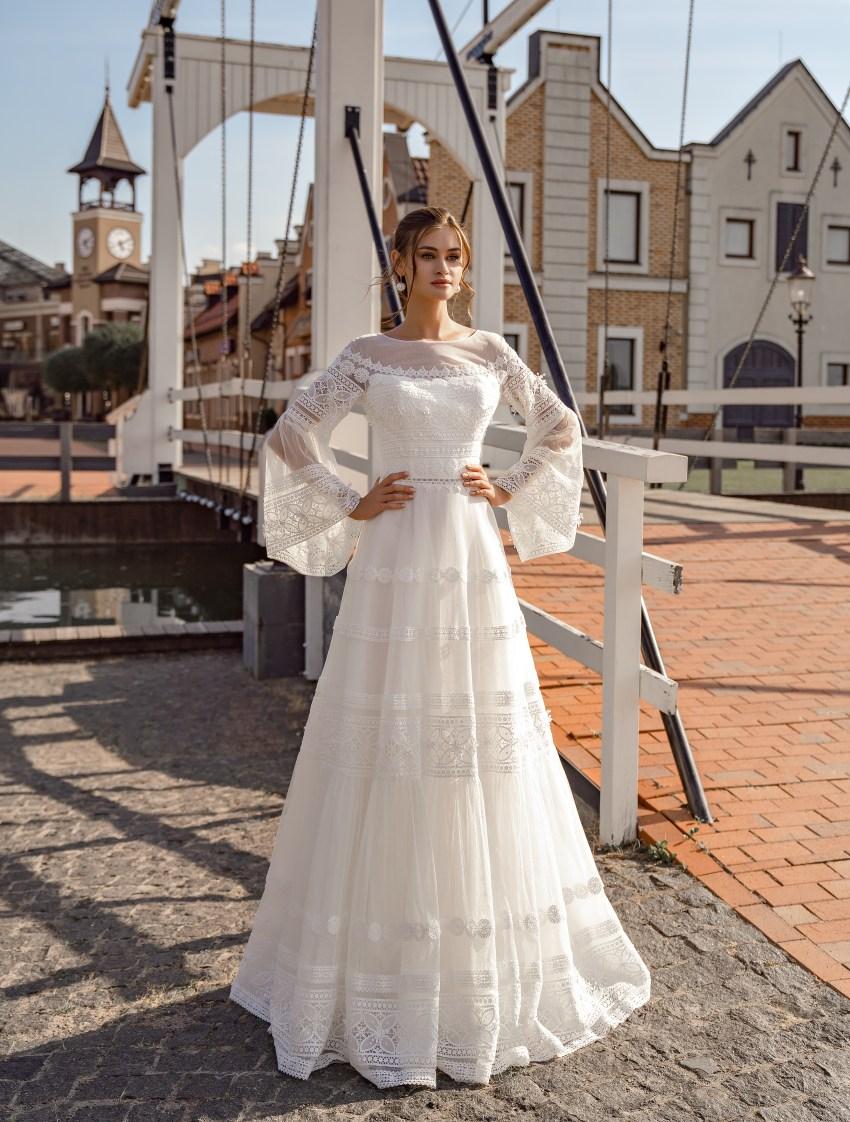 """Весільна сукня """"бохо"""" з широкими рукавами оптом від Supernova-6"""