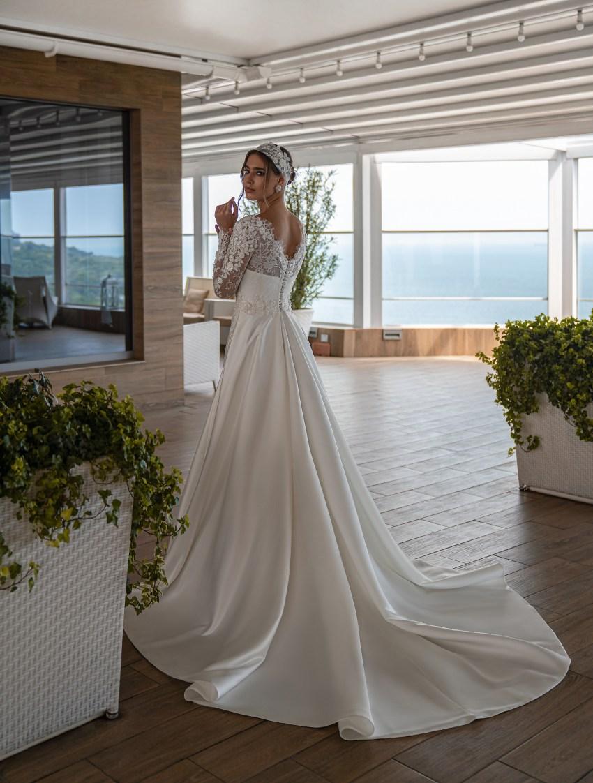 Весільна сукня з довгими рукавами оптом від Supernova-10
