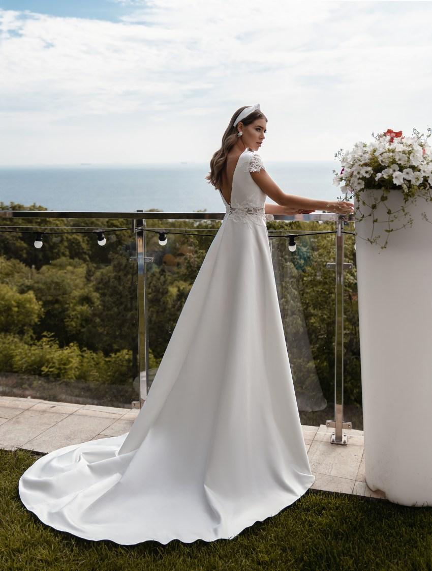 Свадебное платье с короткими рукавами оптом от Supernova-6