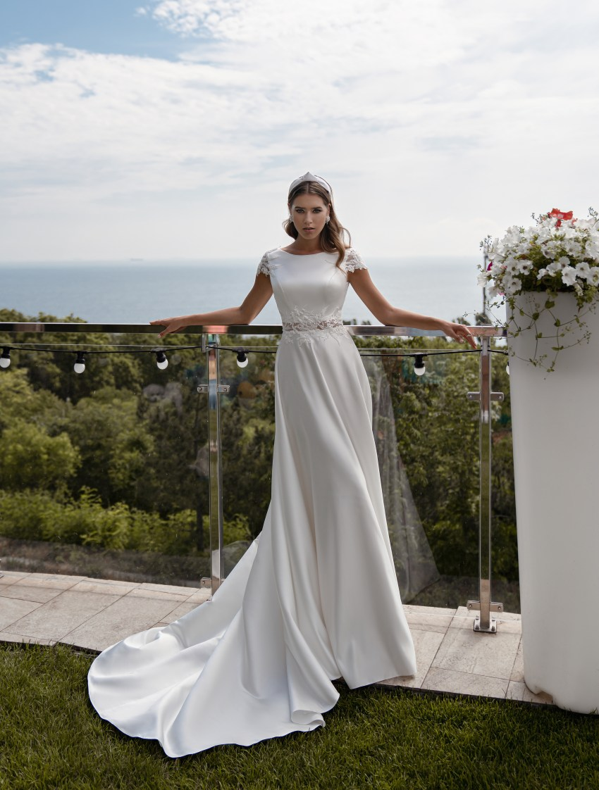Wedding dress with short sleeves wholesale from Supernova-4