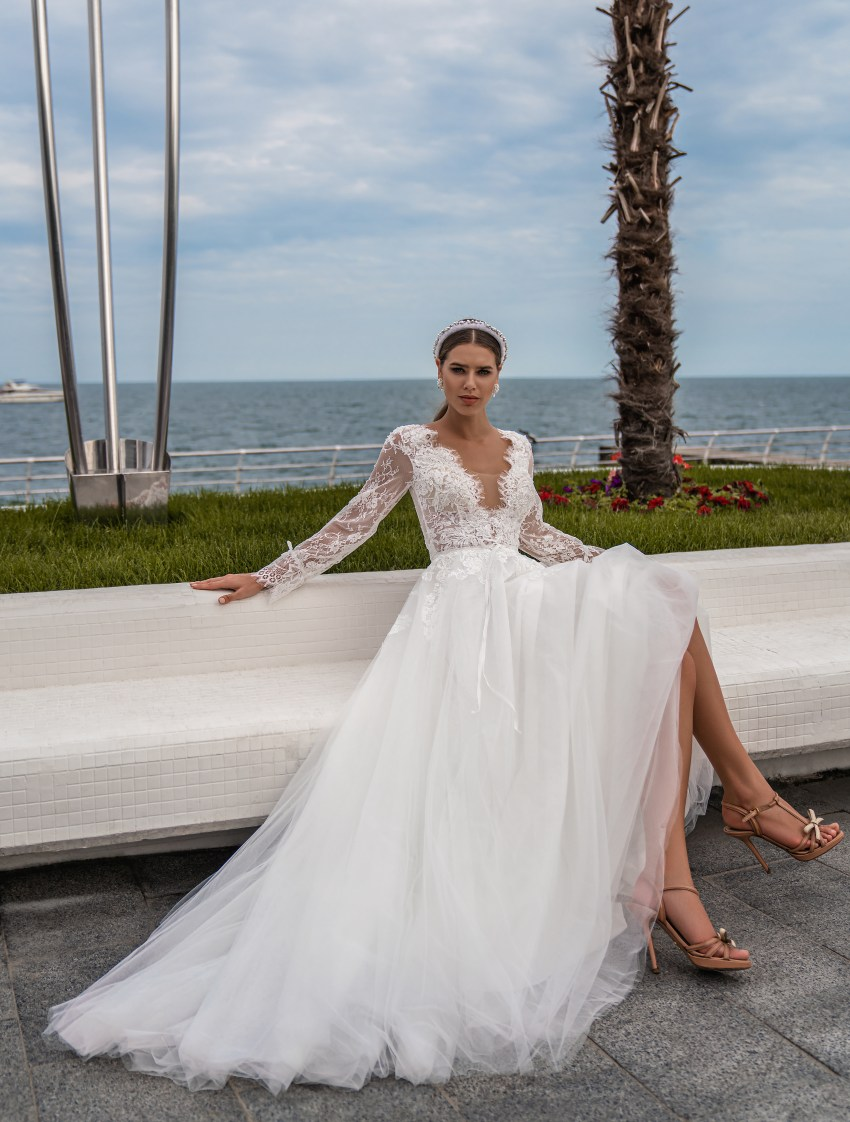 Wedding dress with long sleeves wholesale from Supernova-4