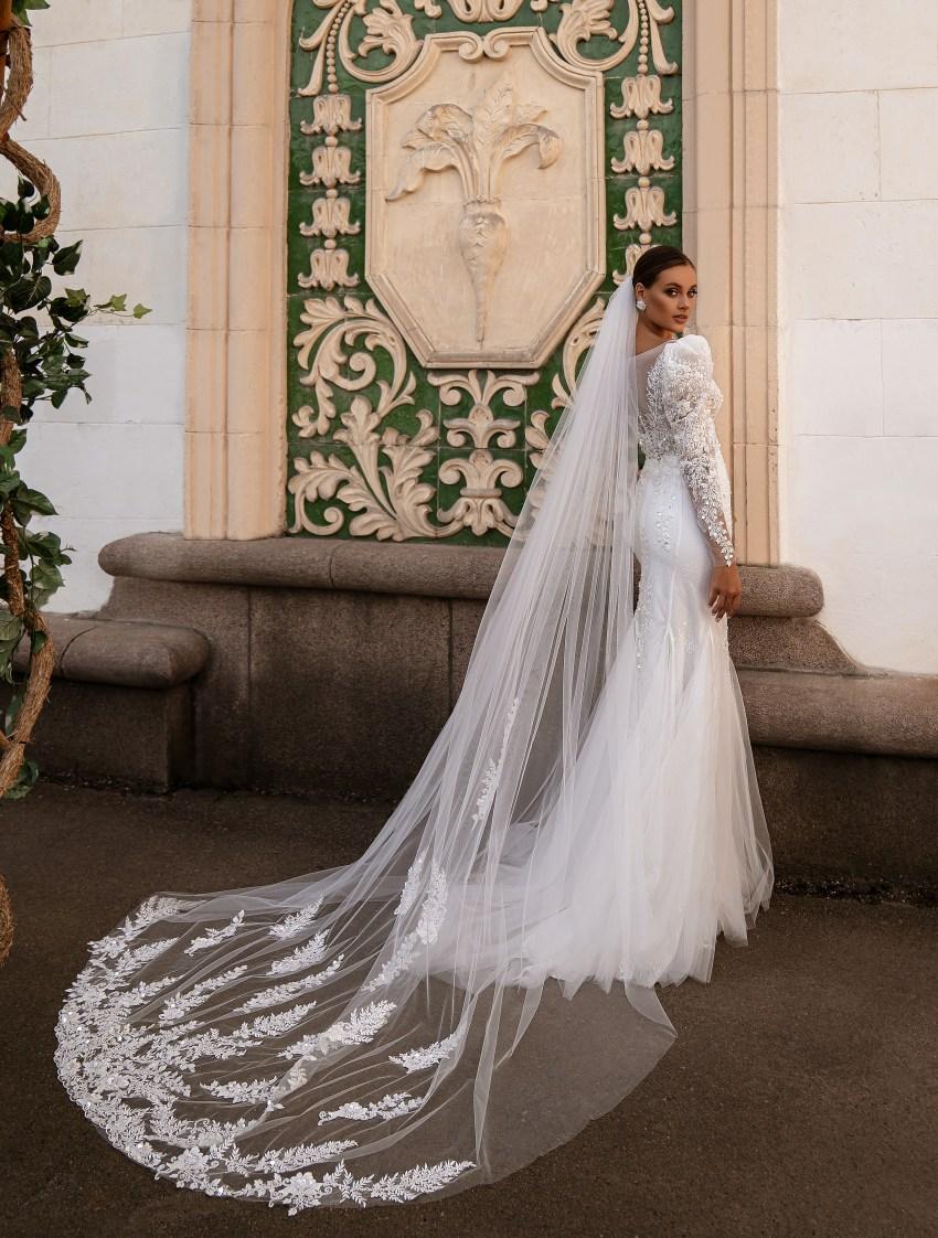 """Wedding dress """"godet"""" silhouette-8"""