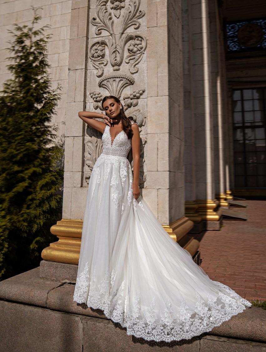 Beautiful wedding dress-7