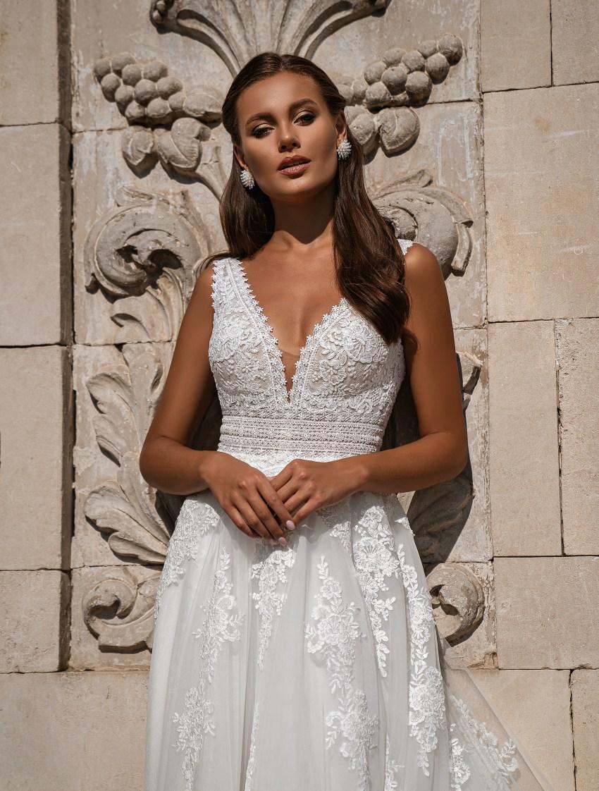 Beautiful wedding dress-9