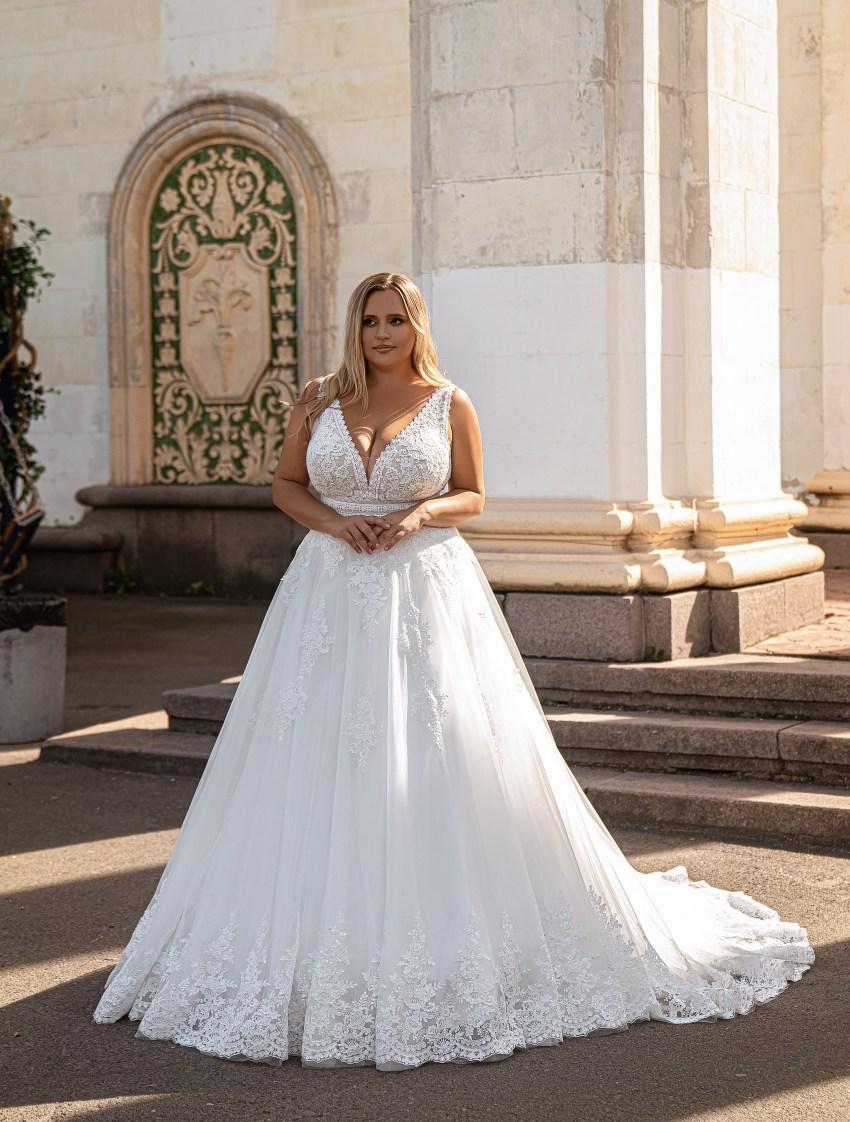 Beautiful wedding dress-10