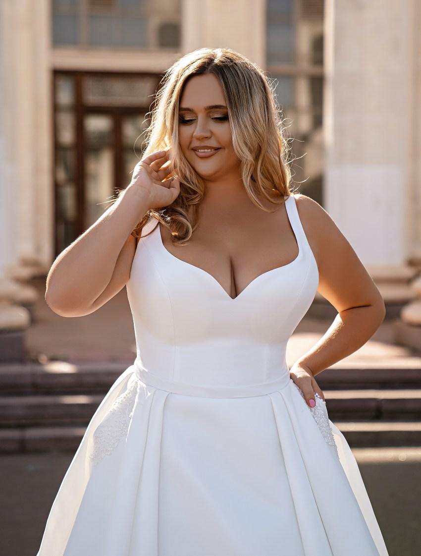 Мінімалістична весільна сукня-16
