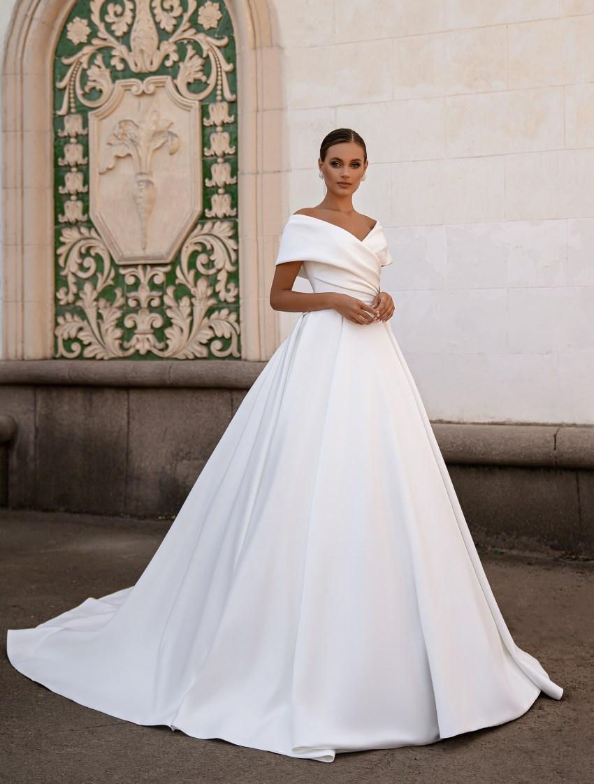 Rochie de mireasă minimalistă-9