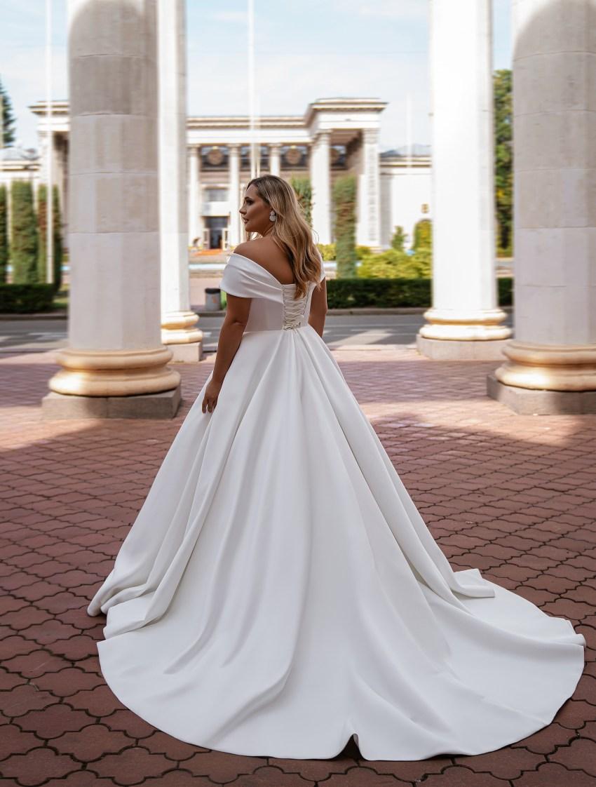 Rochie de mireasă minimalistă-11