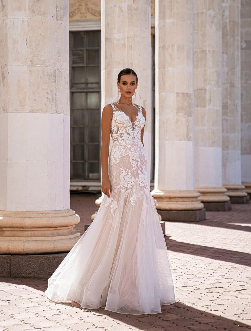 """mermaid"" silhouette wedding dress-7"