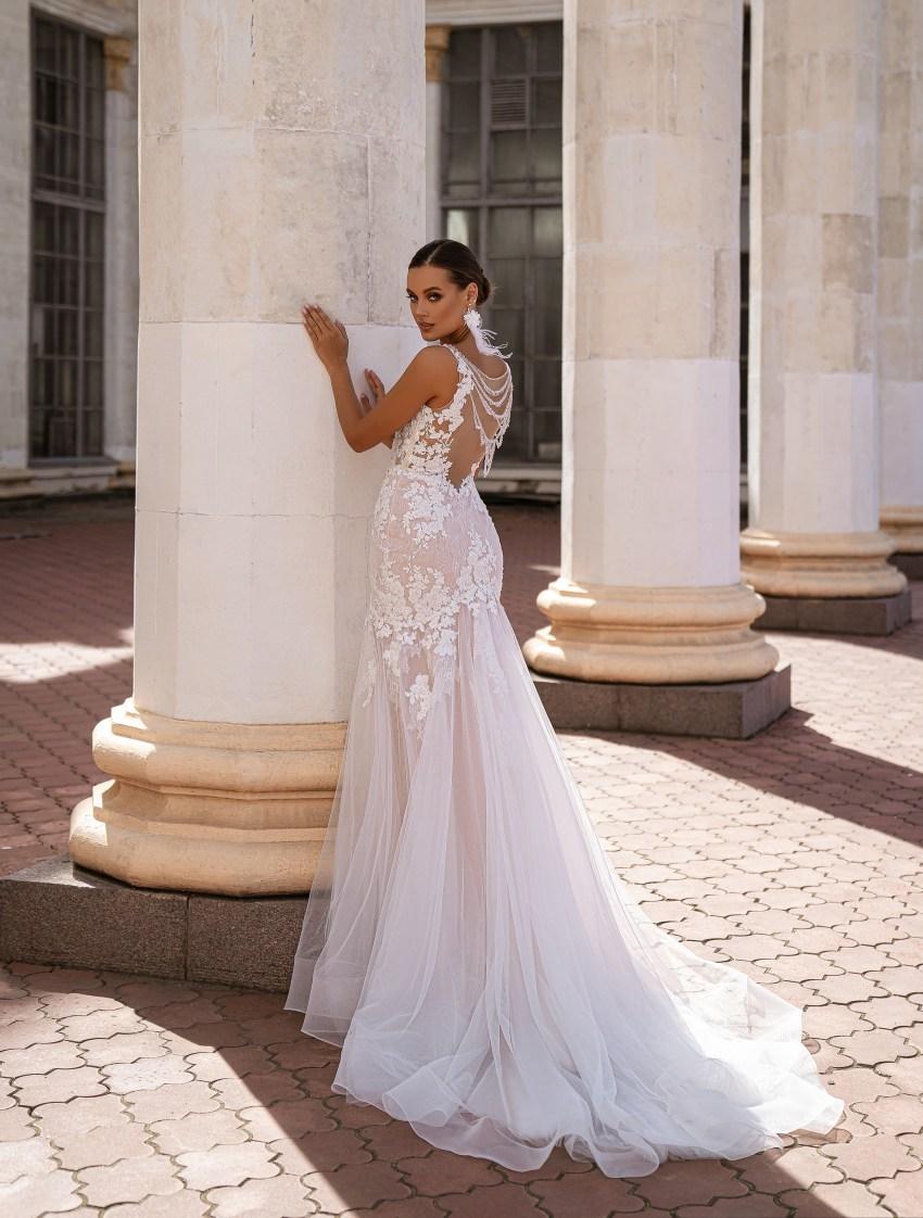 """mermaid"" silhouette wedding dress-8"