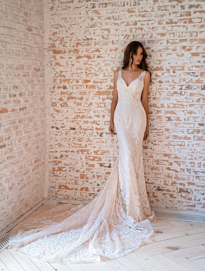 Rochie de mireasă siluetă tip sirenă-5