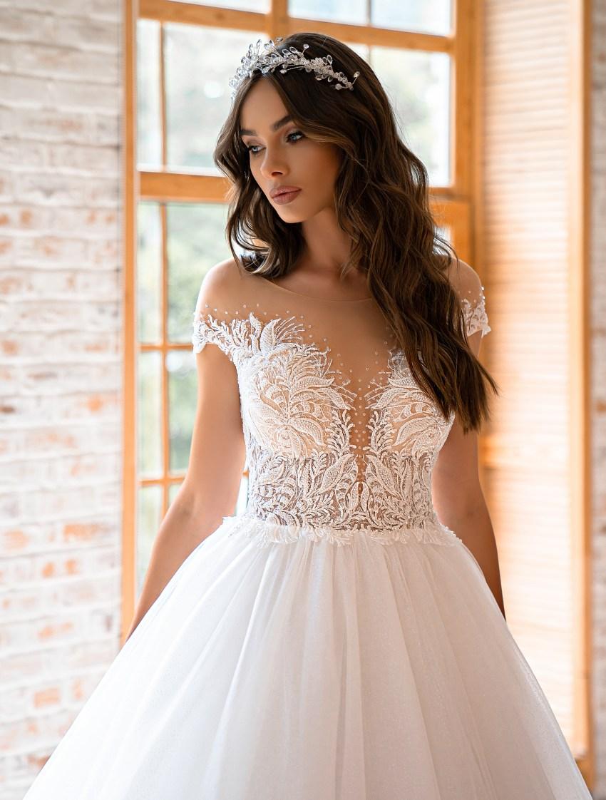 Свадебное платье в стиле принцесса-6