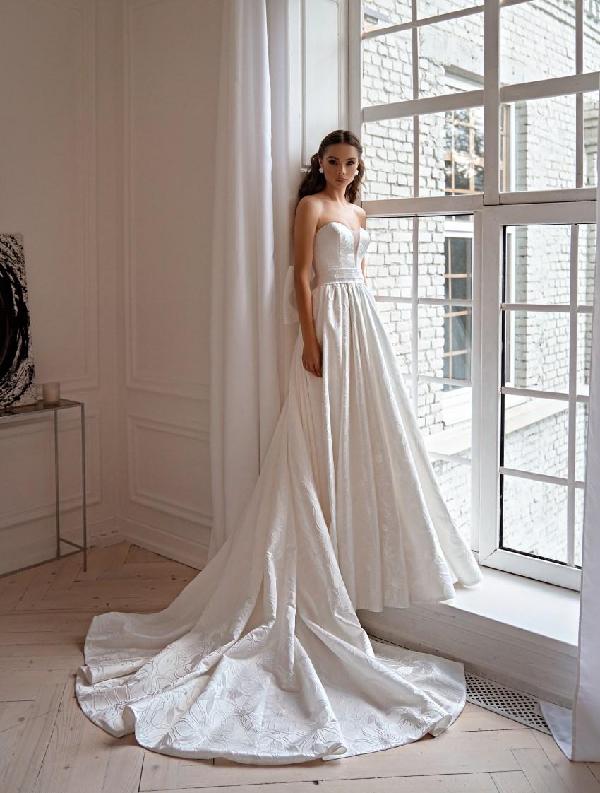 Весільна сукня в стилі мінімалізм-7
