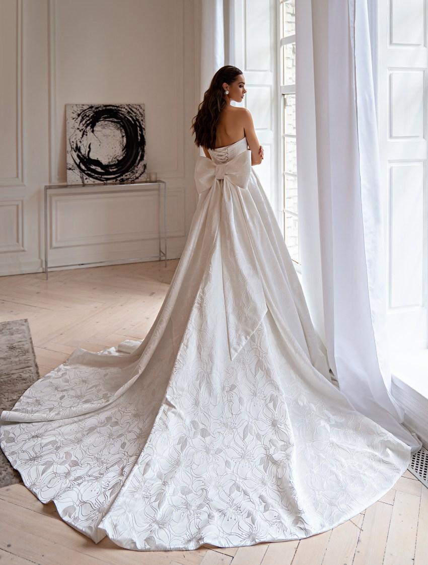 Весільна сукня в стилі мінімалізм-8