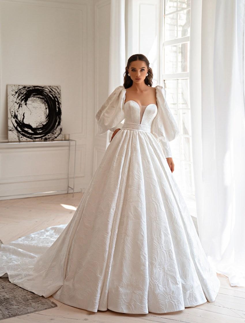 Rochie de mireasă tip prințesă-5