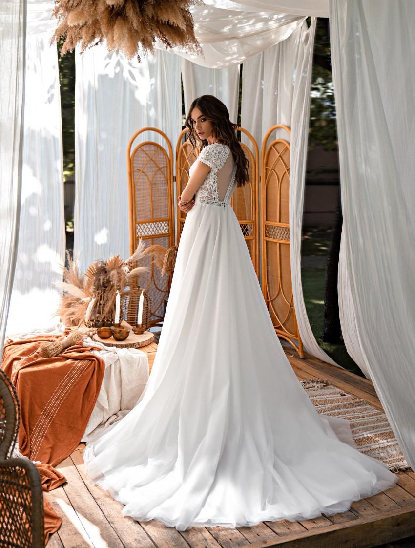 Весільна сукня в стилі «бохо»-5