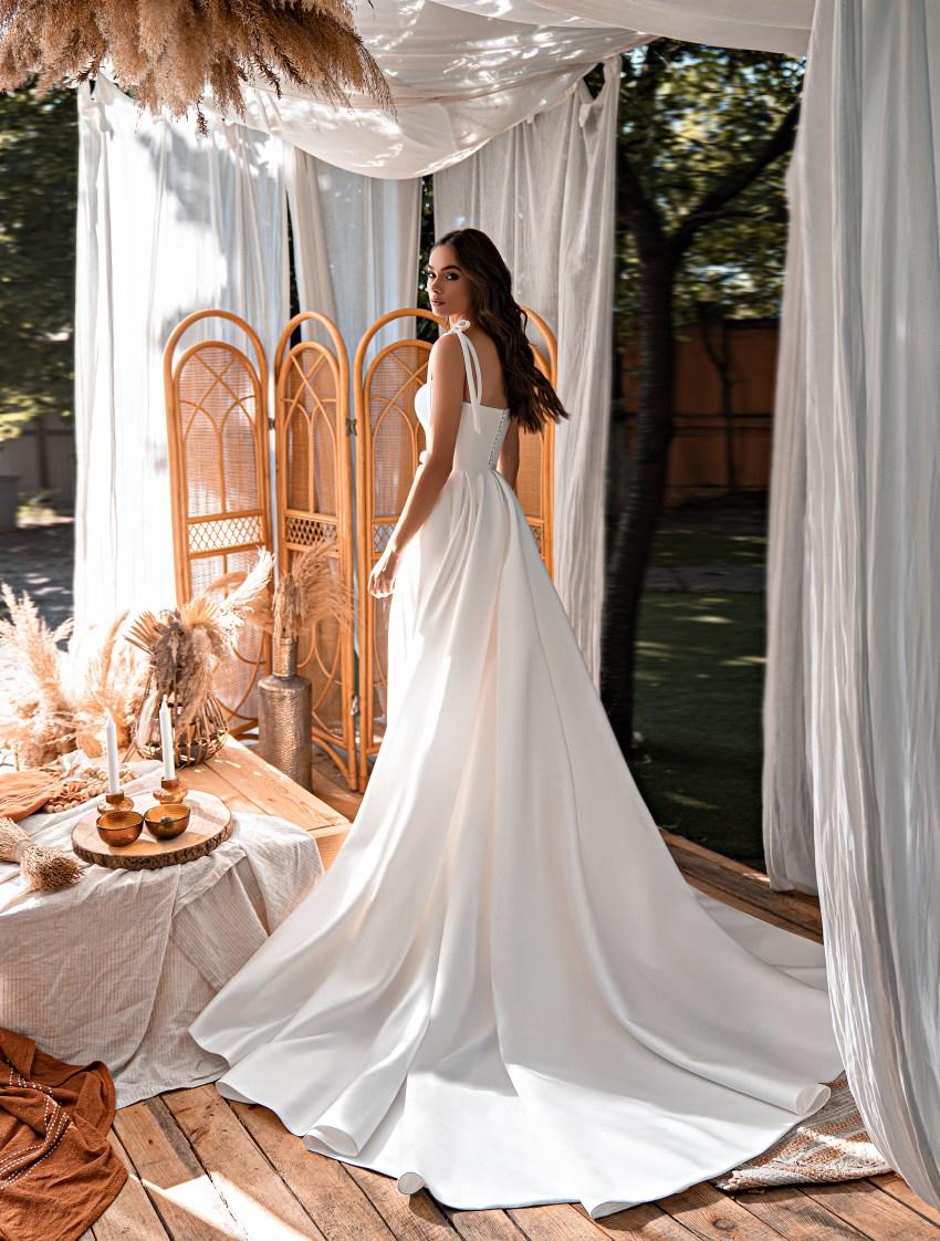 Коротке весільне плаття-6