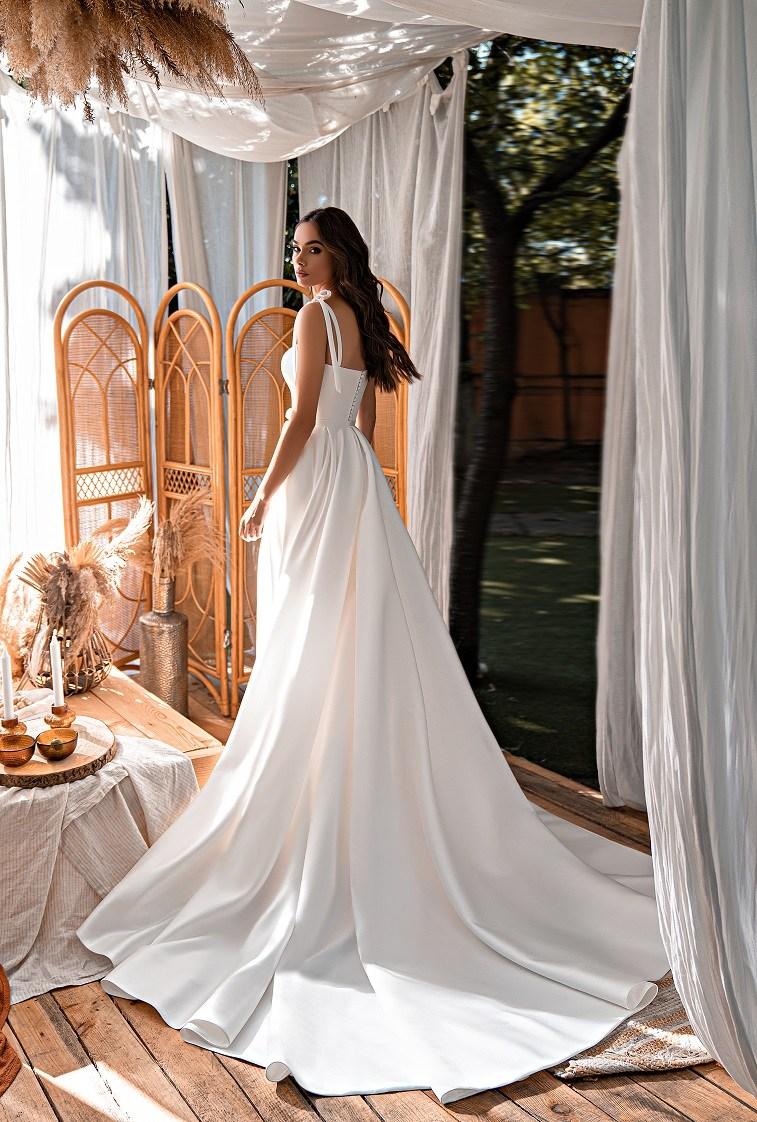 Коротке весільне плаття-2