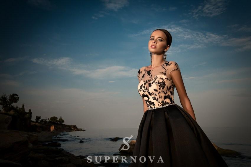 Вечірня сукня з поясом з каменю-5