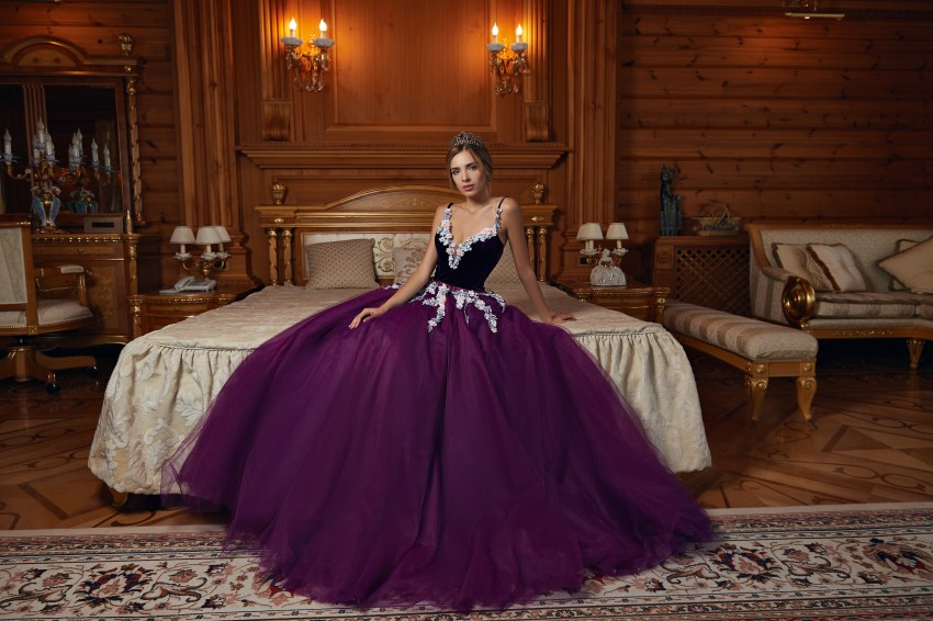 Evening dress with velour corset and tulle skirt on wholesale  from Super Nova-5