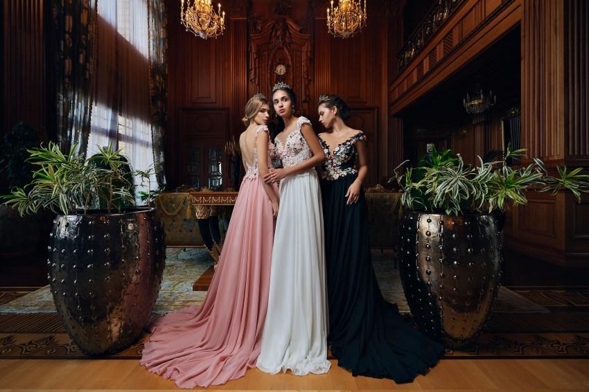 Delicate evening dress with 3-D appliqués on wholesale from Super Nova.-5