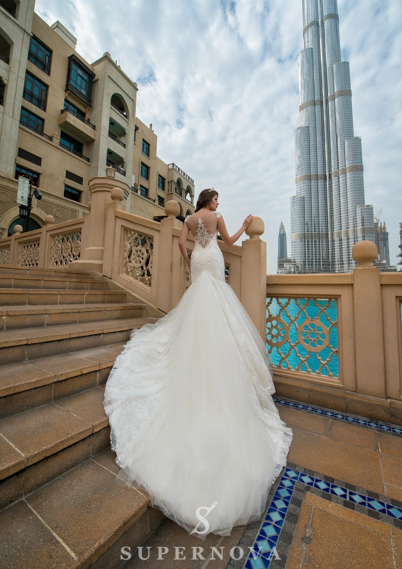 Свадебное платье со шлейфом-5