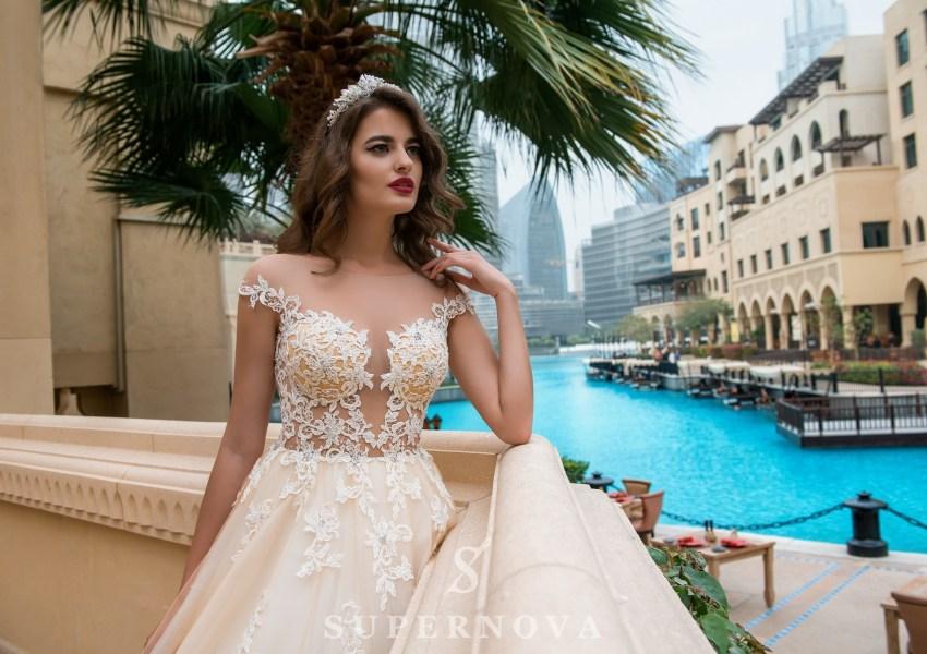 Свадебное платье с прозрачным лифом-1