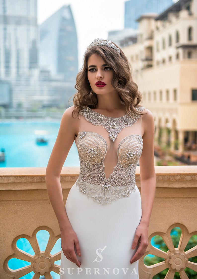 Deep neckline wedding dress-2