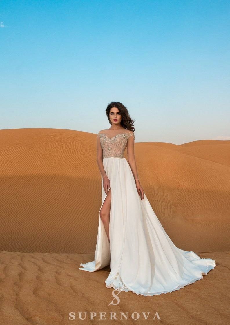 Свадебное платье c длинными рукавами-3