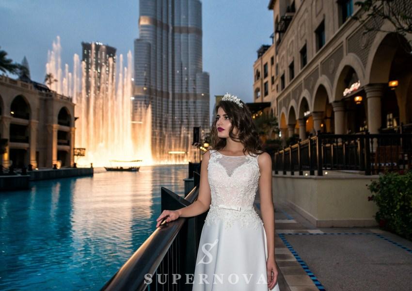 Весільна сукня з бантом-2