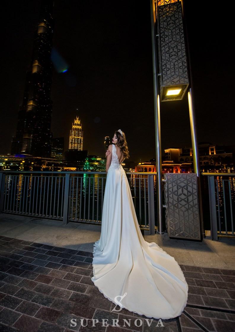 Весільна сукня з бантом-4
