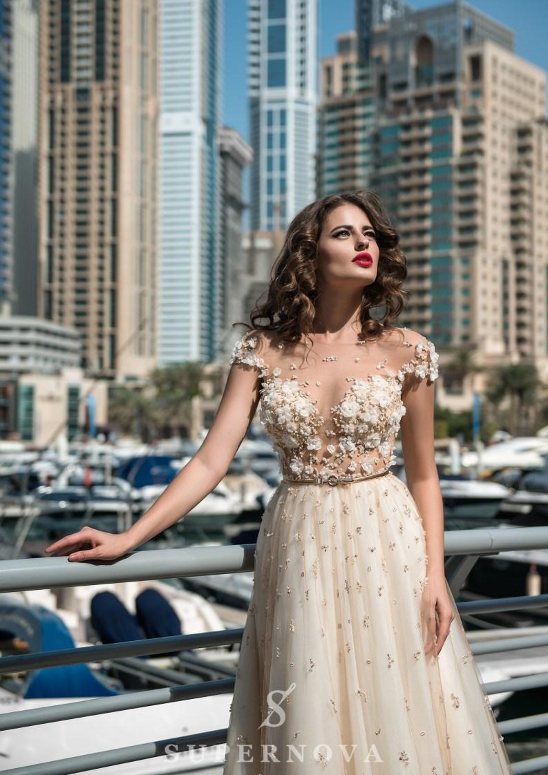 Lush skirt wedding dress-3